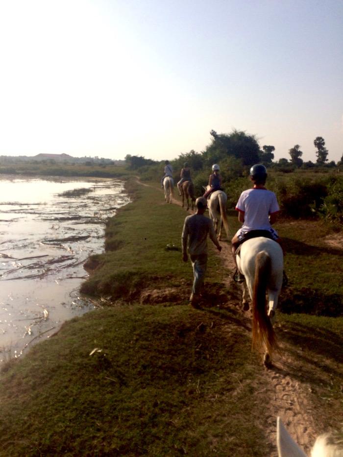 CAMBODIA TIL HEST (med video)